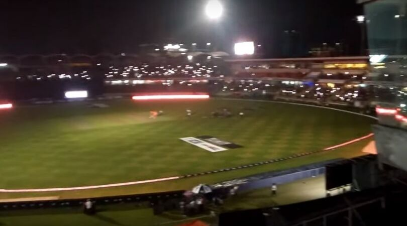 WATCH: Bangladeshi fans switch on mobile flashlights to enlighten stadium after power failure in first T20I