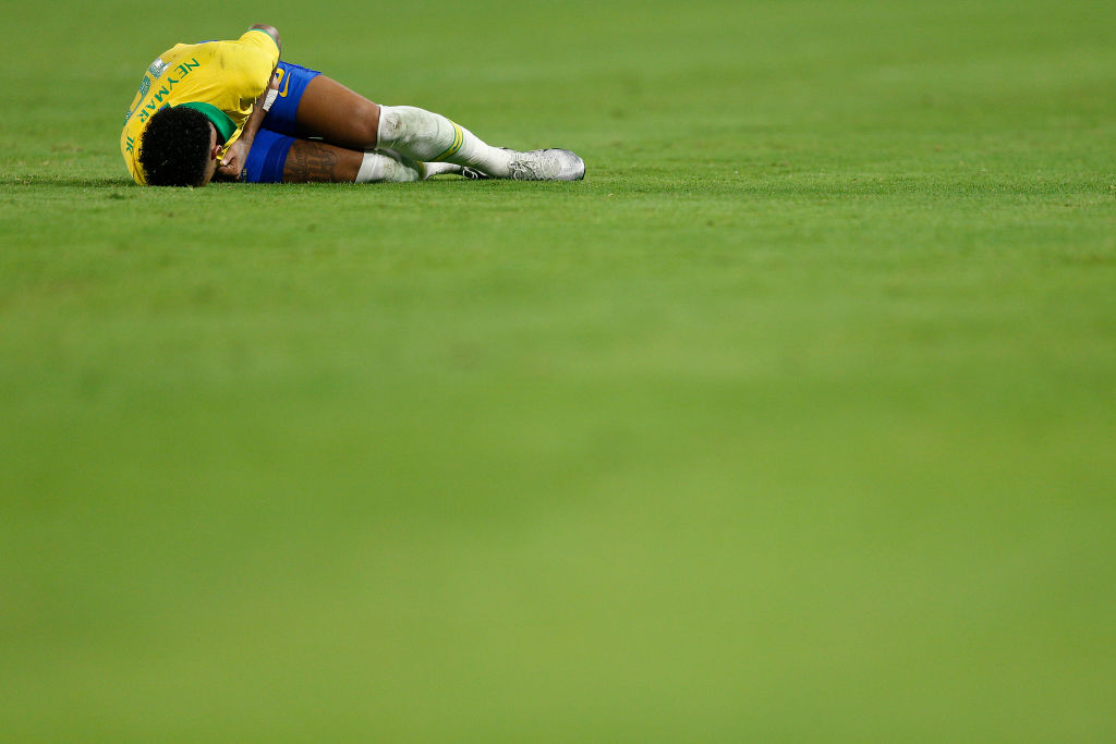 Watch: Neymar crashes into the advertising board face first during the Brazil vs Colombia match