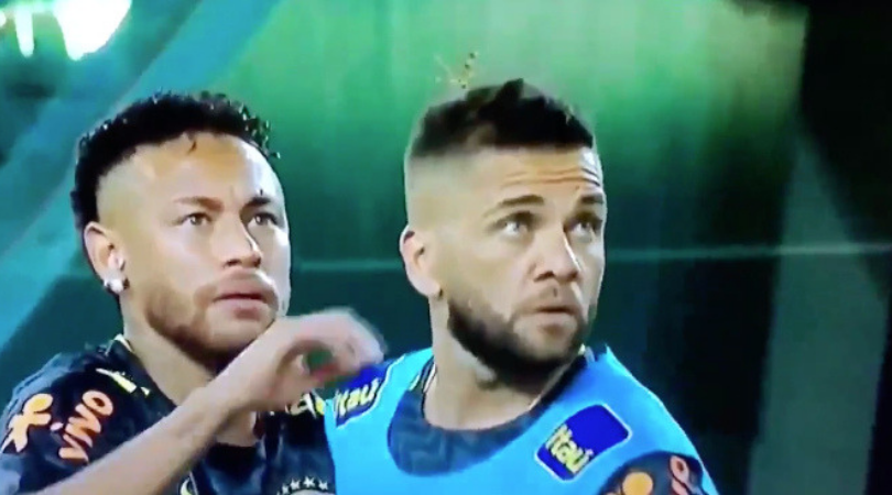 Neymar saves Dani Alves' life. A hilarious video of the Brazilian duo warding off a giant insect surfaces on the Internet