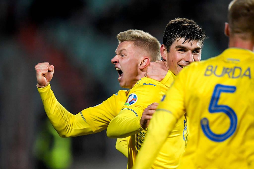 Watch: Oleksandr Zinchencko comically celebrates after Ukraine qualify for Euro 2020