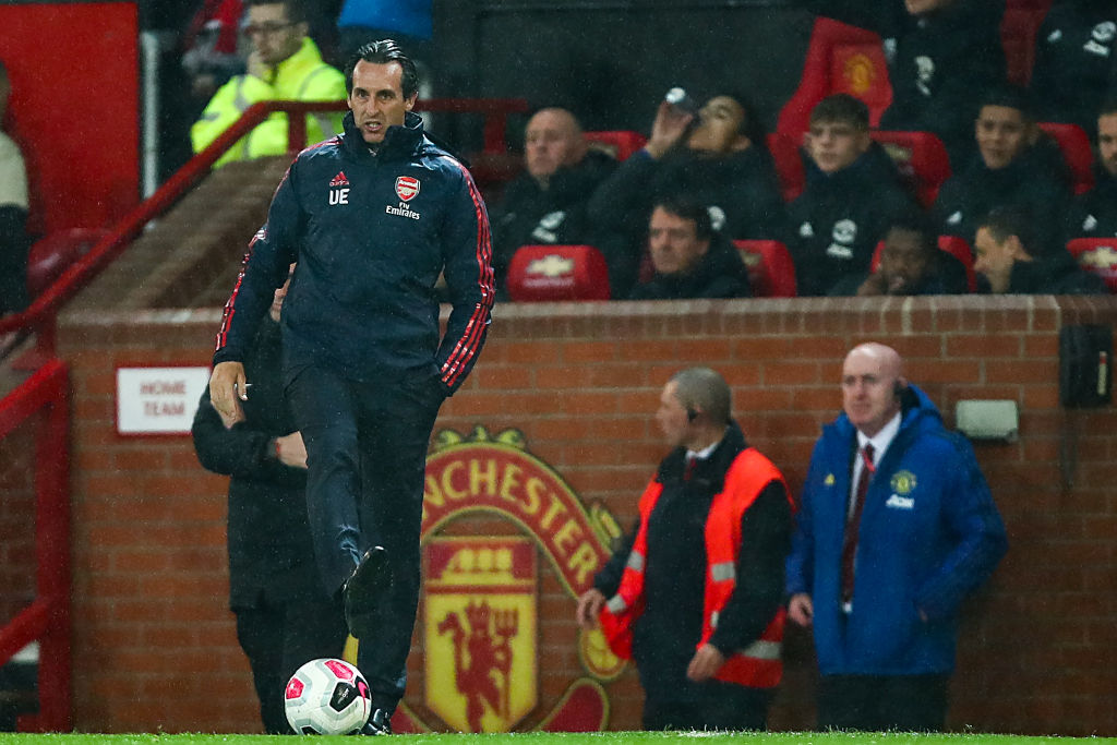 Arsenal provide the worst free kick routine vs Manchester United in the first half