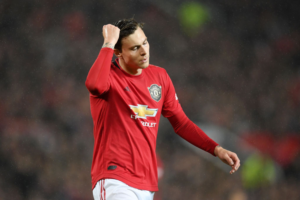 Man Utd News: Victor Lindelof's calamitous pass against Arsenal is killingly funny