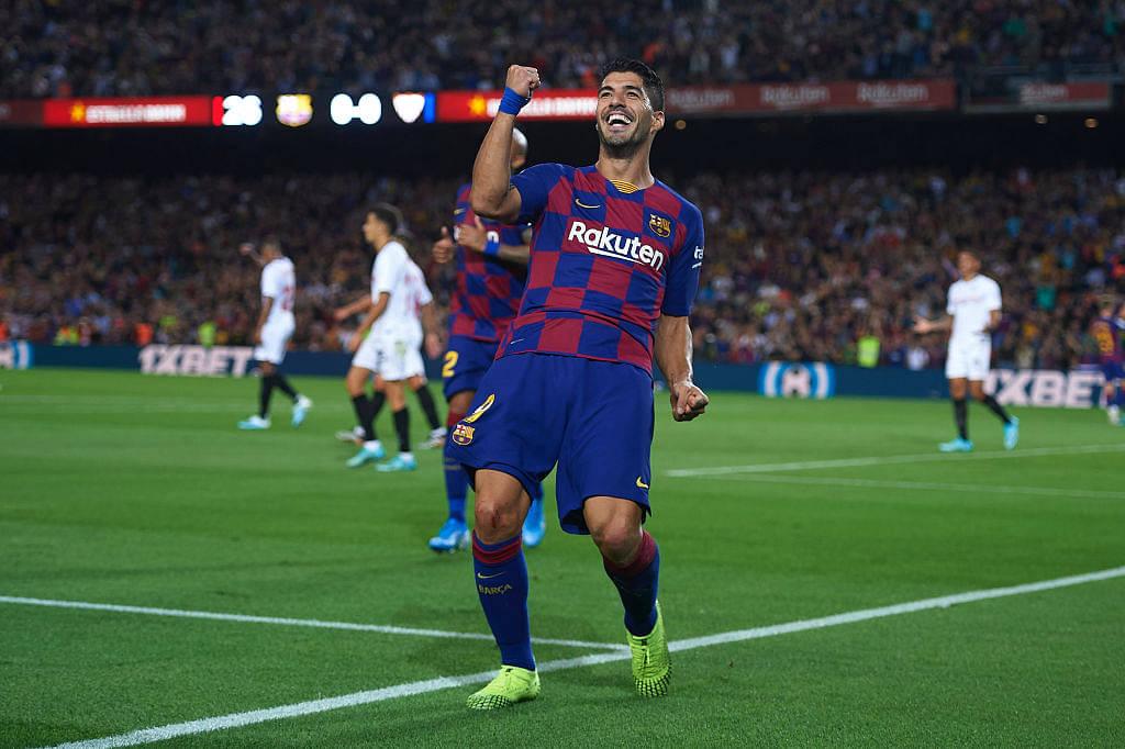 Luiz Suarez goal Vs Sevilla: Watch Uruguayan striker score an incredible overhead kick goal