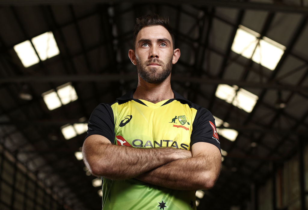 Glenn Maxwell: Watch the mic'd up Maxwell call a run out before inflicting the dismissal with his brilliant fielding