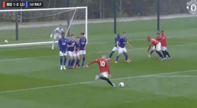 Man United fans rave about 17-year-old whose game play shadows Wayne Rooney