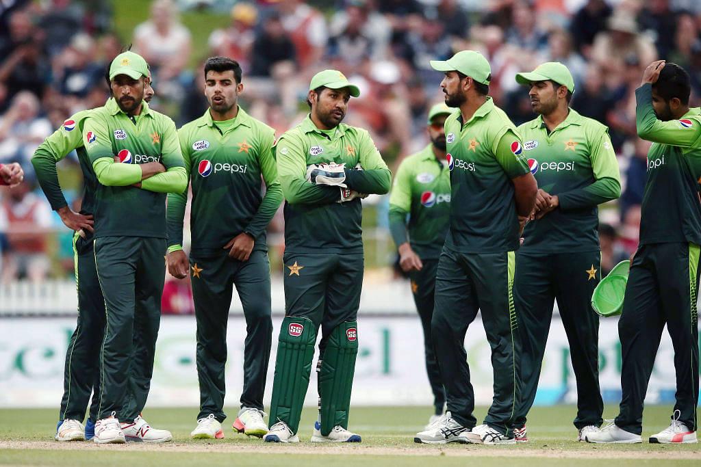 Pakistani fans criticize PCB after derogatory post for Sarfaraz Ahmed; PCB apologizes