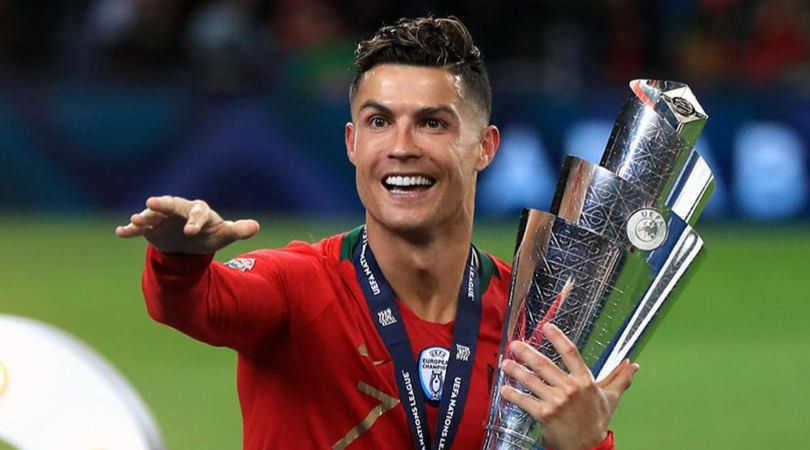 Cristiano Ronaldo credits his longevity to Paul Scholes and Ryan Giggs