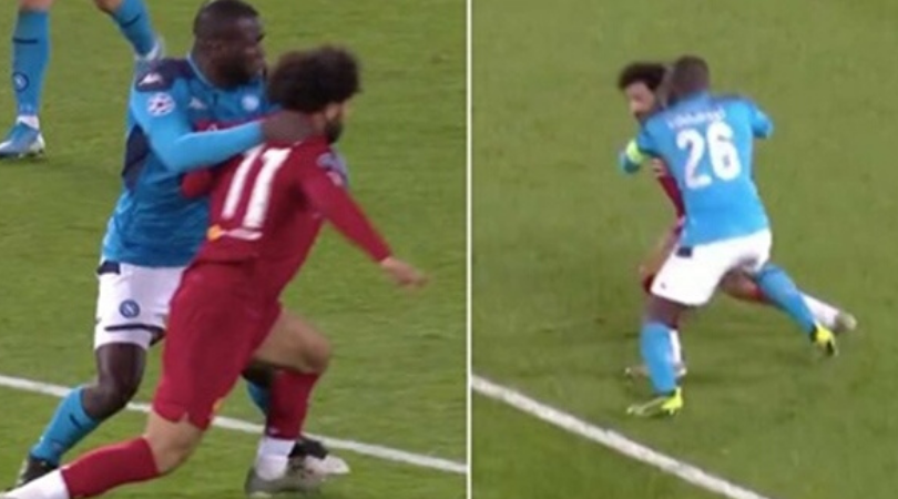 Mohamed Salah refuses to go down despite being obviously fouled by Kalidou Koulibaly