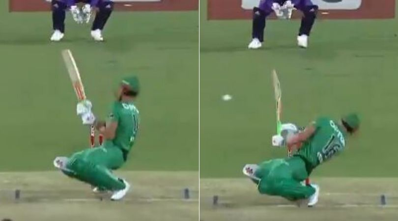 Marcus Stoinis got hit on face by Riley Meredith's vicious delivery in BBL match