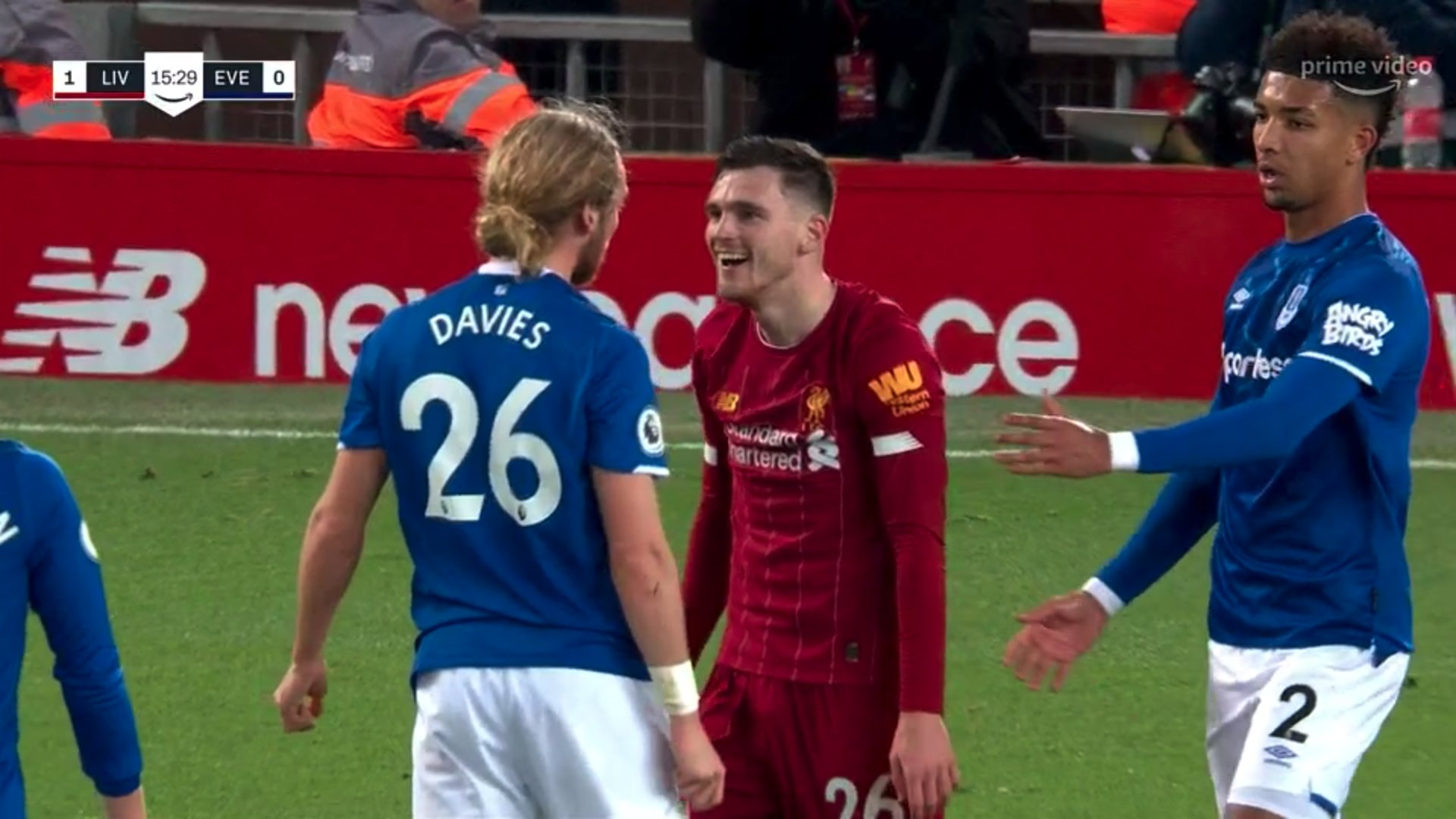 Liverpool fans enjoy Andy Robertson laughing on Tom Davies face in Merseyside derby