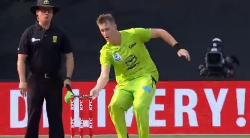 WATCH: Chris Morris fakes mankading to surprise Marcus Stoinis in BBL 2019