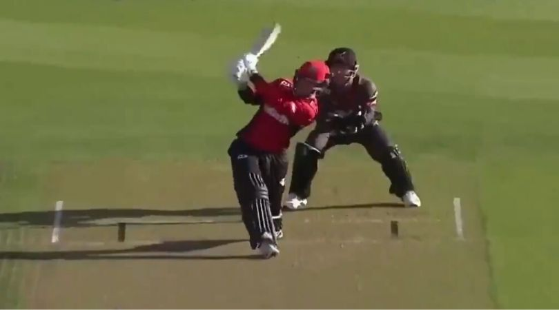 WATCH: Leo Carter hits six consecutive sixes off Anton Devcich in Super Smash 2019-20