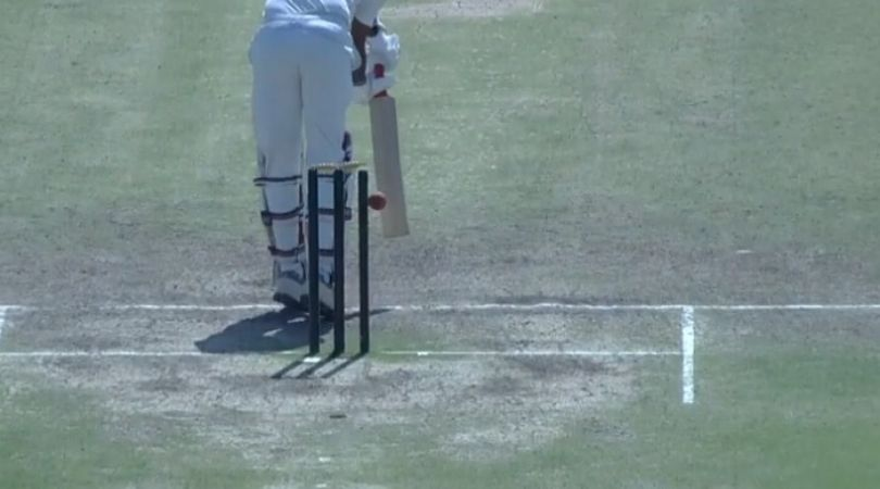 WATCH: Kamlesh Makvana survives against Royston Dias as bails don't fall despite ball hitting the stumps in Ranji Trophy