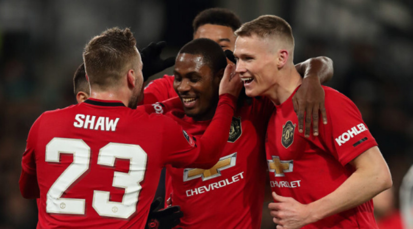 Man Utd transfer news Red Devils face contract dilemma following Premier League season extension