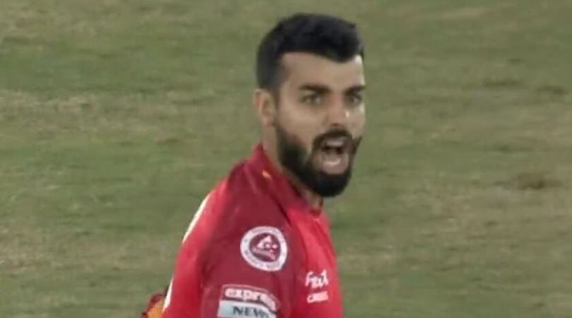 WATCH: Shadab Khan blusters Rizwan Hussain for not throwing at striker's end in PSL 2020