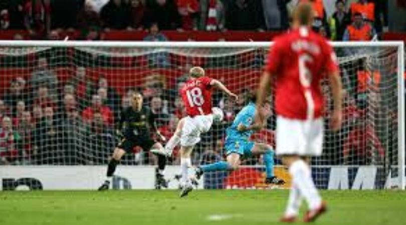 On This Day: 12 years ago Paul Scholes stunned Barcelona with screamer to send Manchester United into Champions League final