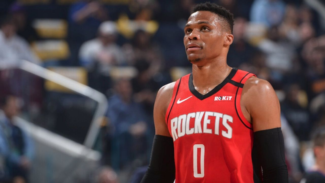 Is Russell Westbrook playing tonight vs Thunder