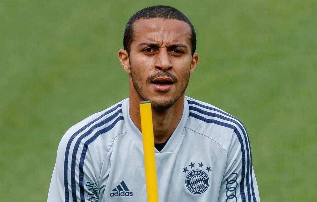 Liverpool Injury News: Jurgen Klopp Provides Update On Thiago, Shaqiri And Milner