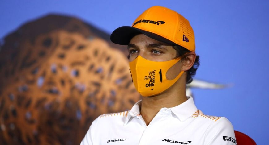 McLaren F1 Face Mask : U-Mask designs stylized masks for McLaren; Where to buy them?