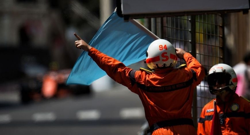 Blue Flag F1: What does blue flag in Formula 1 signify?