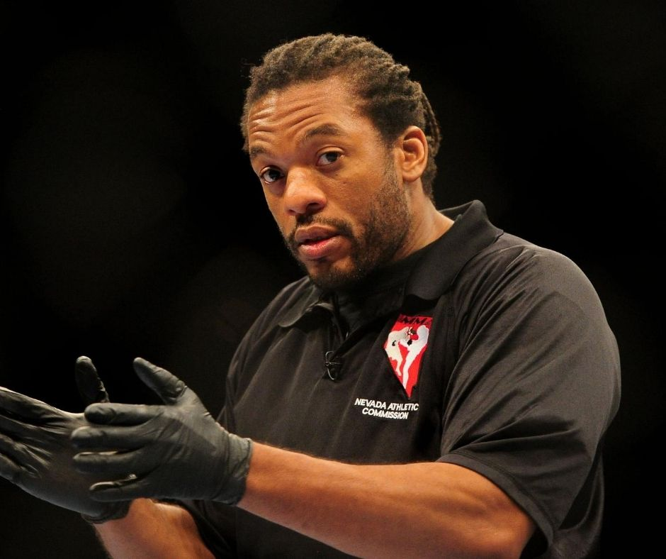 Did The UFC Referee Herb Dean made a Bad Stoppage? Watch what Happened at the UFC Fight Island 3