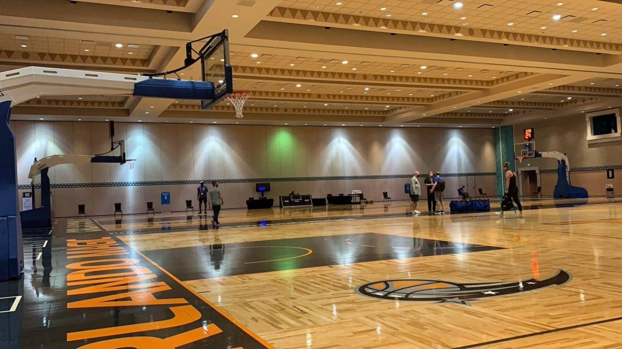 How many courts are in the NBA Bubble