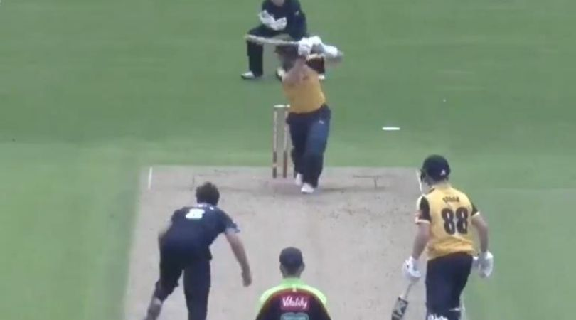 Vitality Blast: Joe Root scores 10th T20 half-century on T20 Blast comeback for Yorkshire