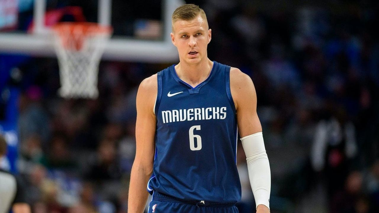 Is Kristaps Porzingis playing today vs Suns