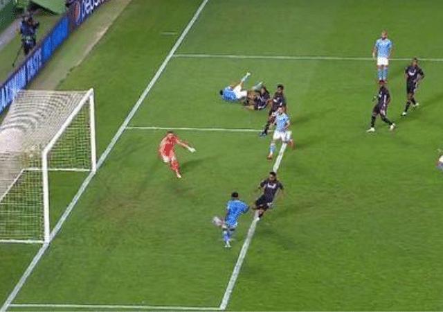 Raheem Sterling miss vs Lyon Man City star misses open goal from five yards