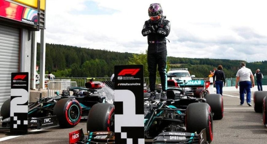 Hamilton steers clear of great debate after record success
