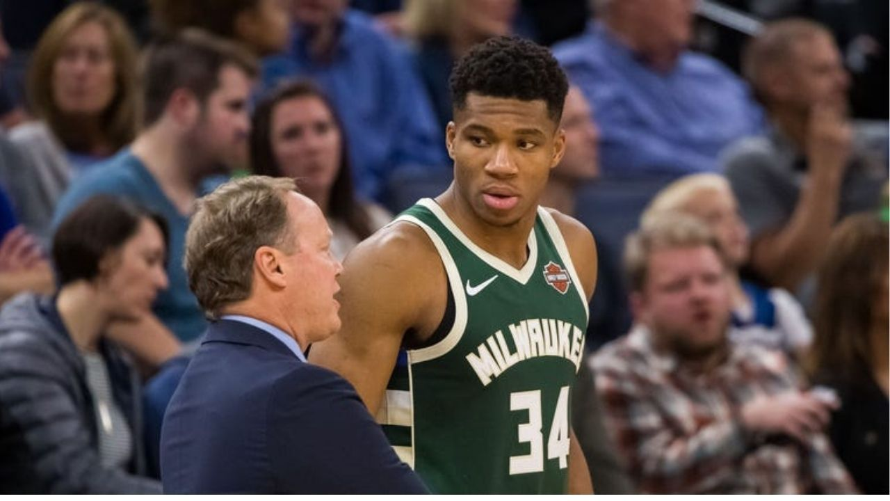 Giannis Antetokounmpo at odds with Mike Budenholzer
