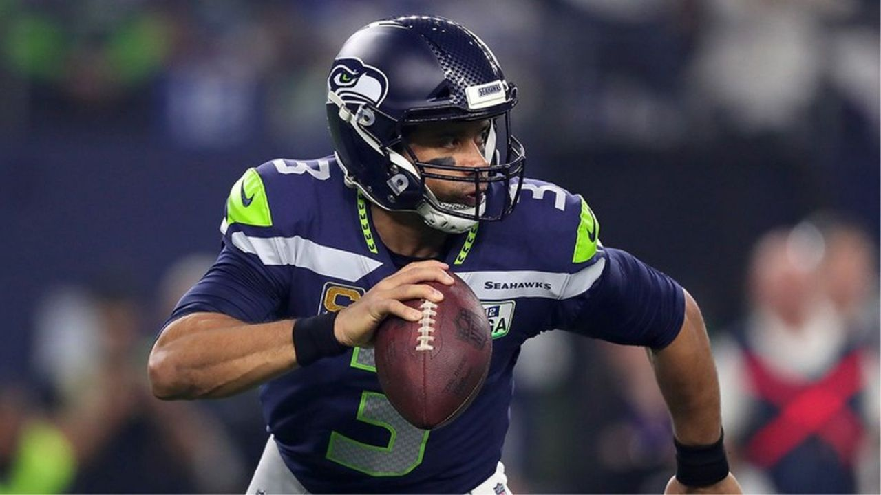 """""""Russ is going to be our quarterback for years to come."""": Russell Wilson Will Remain on the Seattle Seahawks According to Teammate L.J. Collier"""