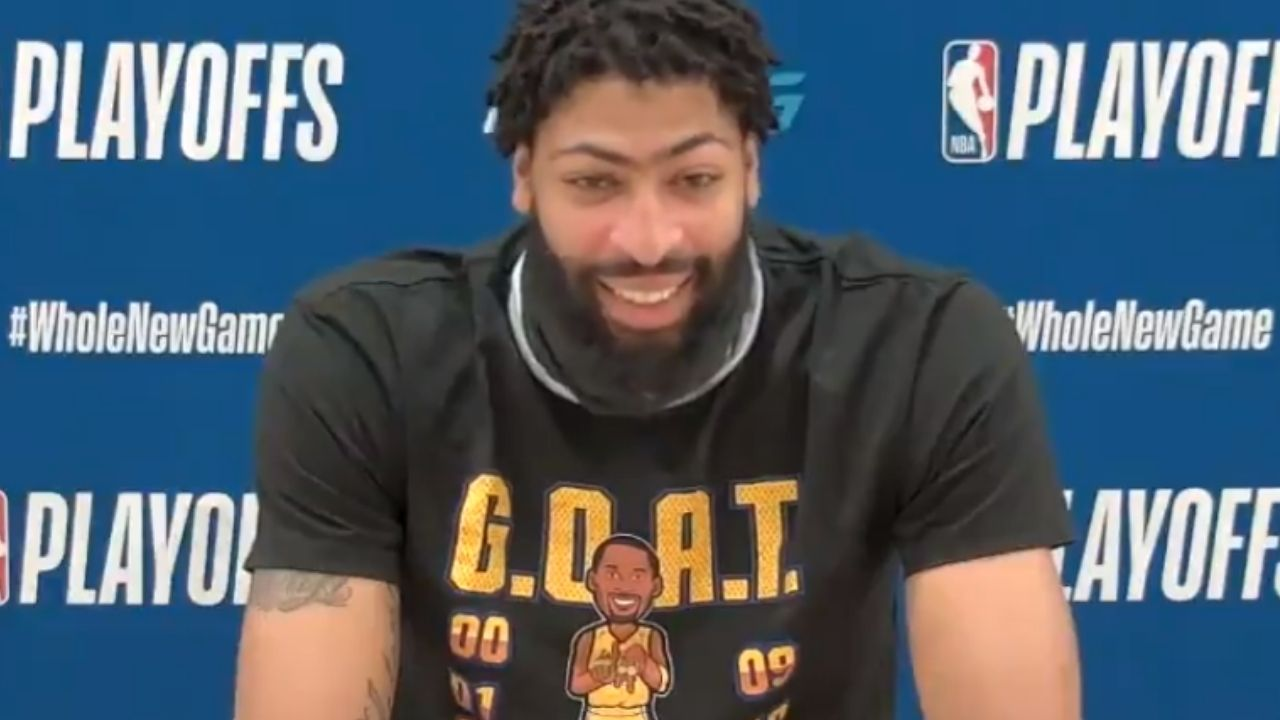 """""""All I heard was roof roof"""" Anthony Davis jokes after a reporters' dog barks during the conference"""