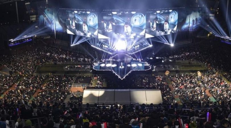 Esports Earnings : Esports Industry set to cross a record $1.8 Billion by 2022