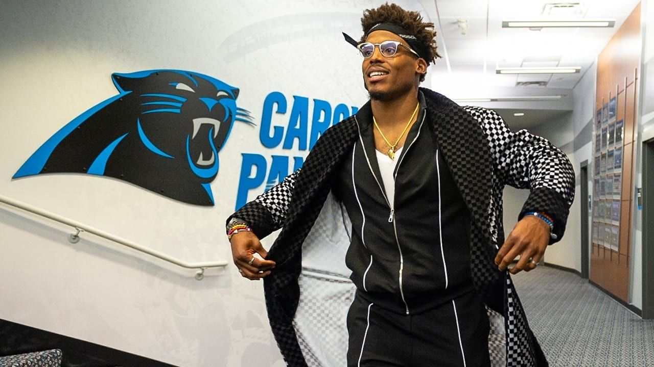 """""""Why are you Dressing like that"""", Cam Newton Called Out By Ex-NFL QB For Extravagant Outfit Choice Following Patriots Loss"""