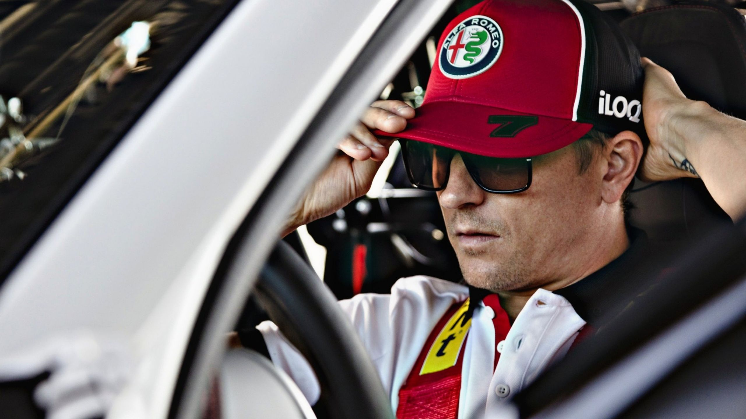 Kimi Raikkonen watches insane Portuguese GP first lap with his son, as fellow drivers rave about it
