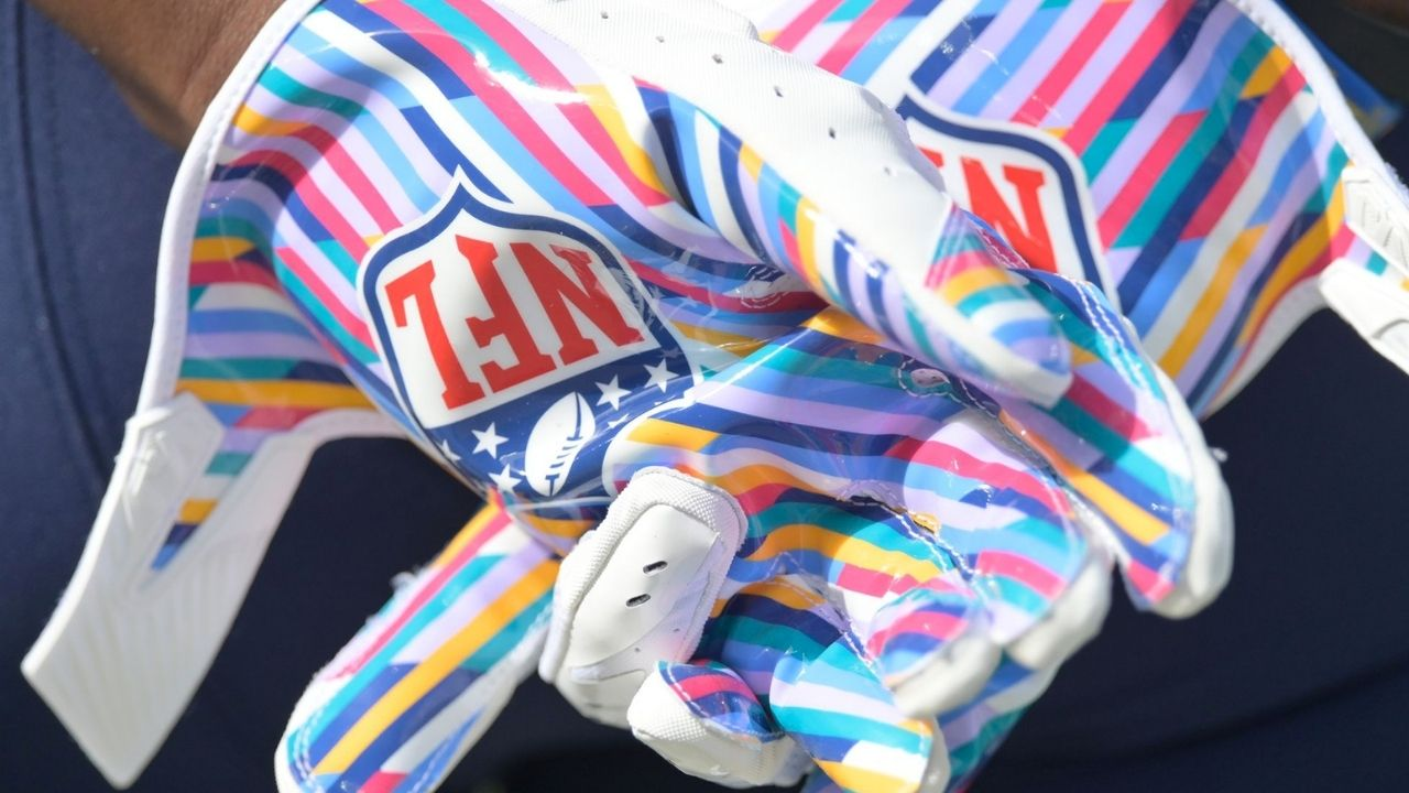NFL Crucial Catch: Why Are NFL Players Wearing Tie Dye?
