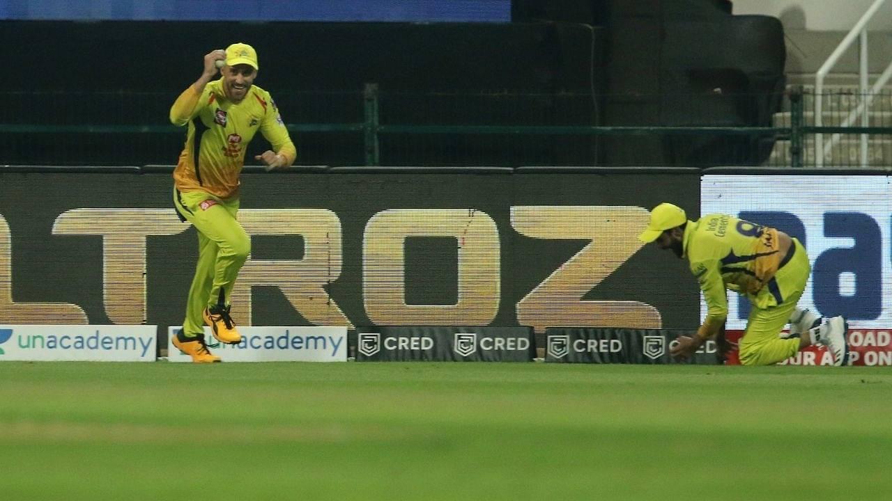 'You Beauty': Irfan Pathan mesmerized by Ravindra Jadeja-Faf du Plessis superlative relay catch to dismiss Sunil Narine