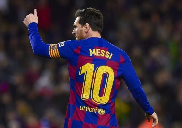 """""""Your mum's pus*y"""": Lionel Messi Persistently Abuses Monchi's Mother Ensuing Sevilla Win"""