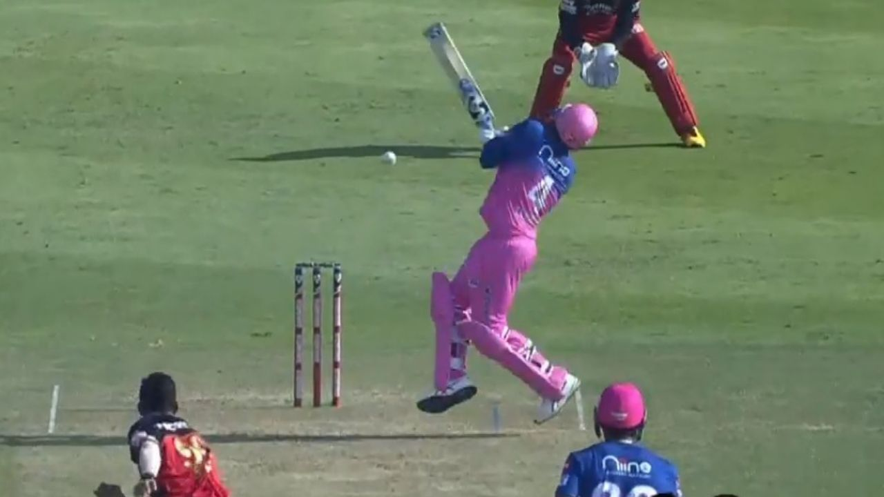 Navdeep Saini beamer to Rahul Tewatia: Watch RR all-rounder gets brutally hit on the chest in IPL 2020