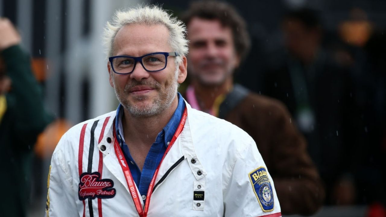 """""""What he was doing was just stupid""""- Jacques Villeneuve picks on Carlos Sainz, who got DNFs in the last two races."""