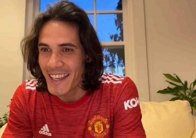 """""""It really is a nice responsibility""""- Edinson Cavani speaks on receiving prestigious number 7 jersey at Manchester United"""
