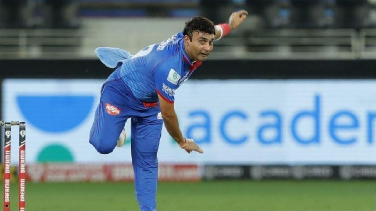 Amit Mishra IPL 2020 replacement: Who has replaced Mishra in Delhi Capitals Playing XI vs RCB?