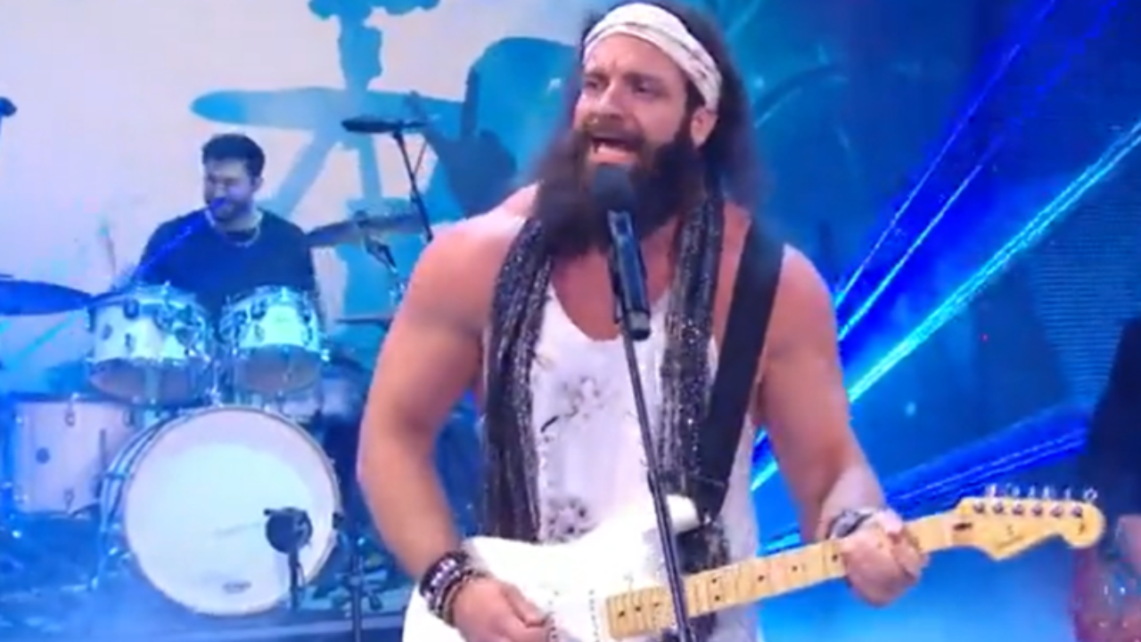Huge push in store for Elias following move to RAW