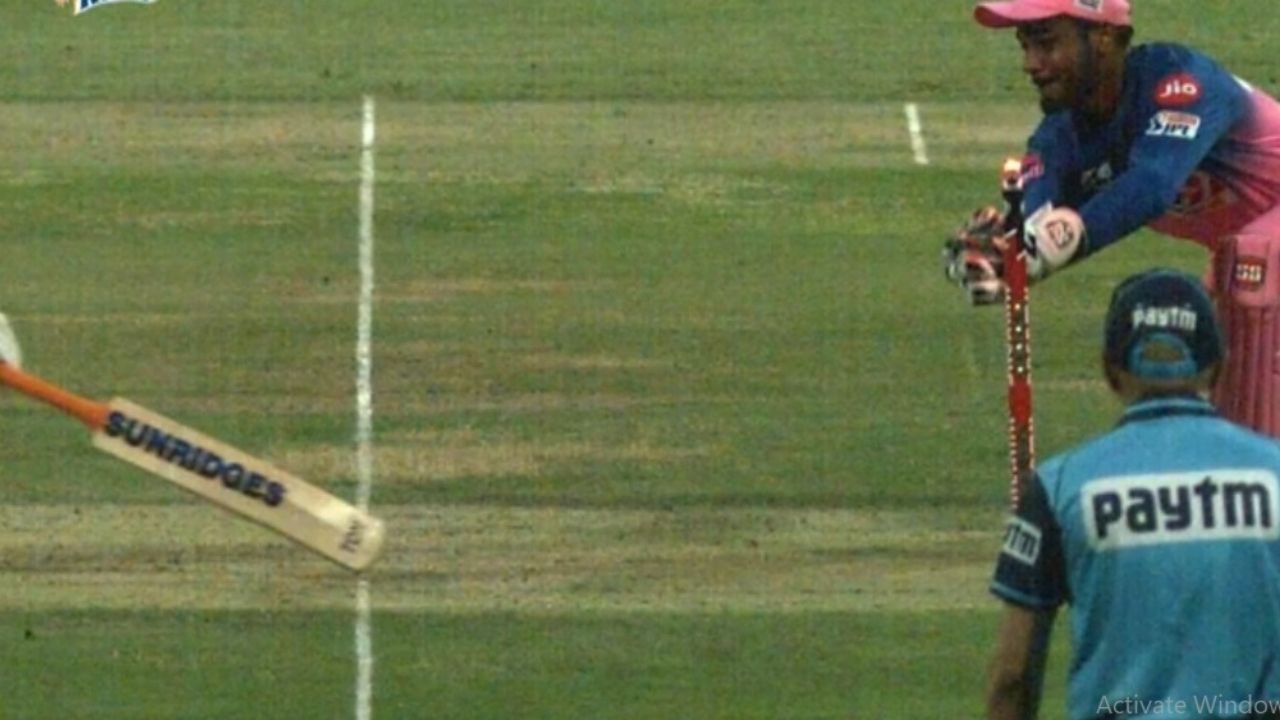 Dhoni run-out IPL 2020: Watch CSK captain falls short of crease vs Rajasthan Royals
