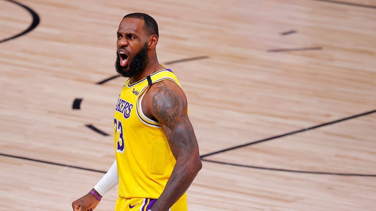 LeBron James two travel calls Game 3 vs Heat