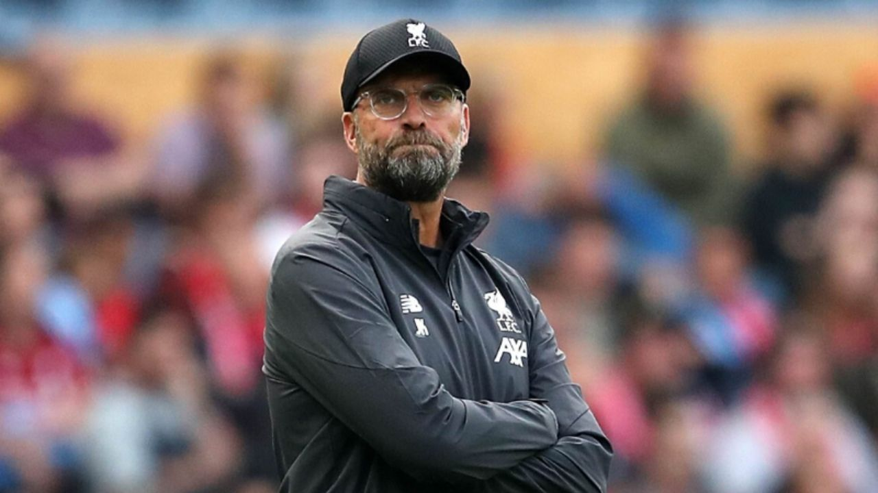 """""""I have no skills for playing mind games"""": Jurgen Klopp Hits Back At Mark Clattenburg After Being Labelled A Hypocrite By The Referee"""