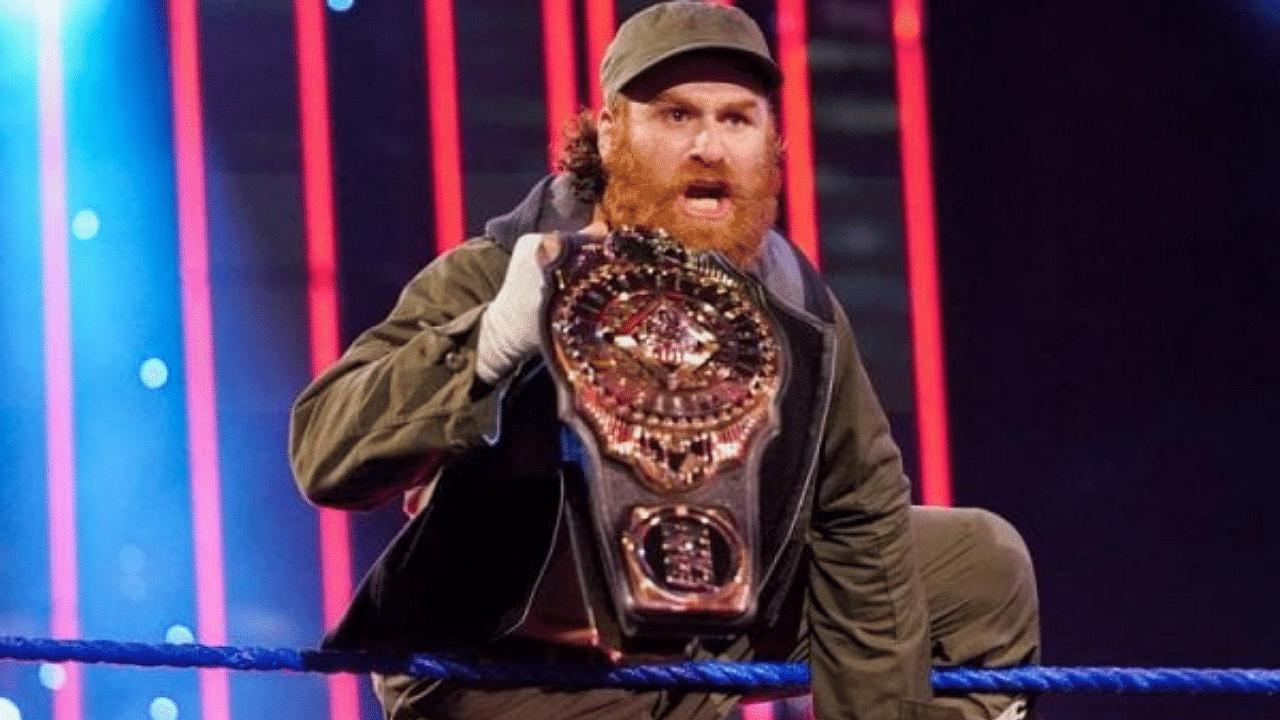 Sami Zayn breaks character to heap praise on WWE Superstar