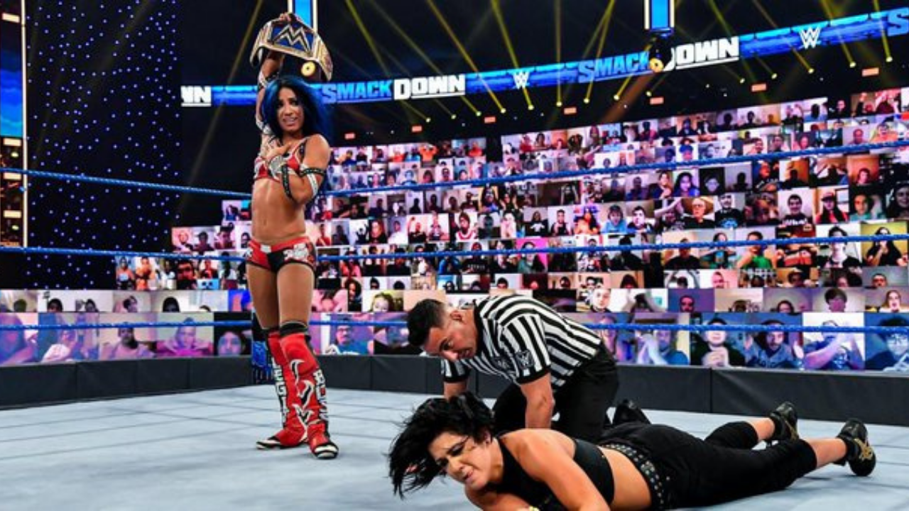 Sasha Banks vs Bayley rematch draws highest viewership in any wrestling show since the Pandemic