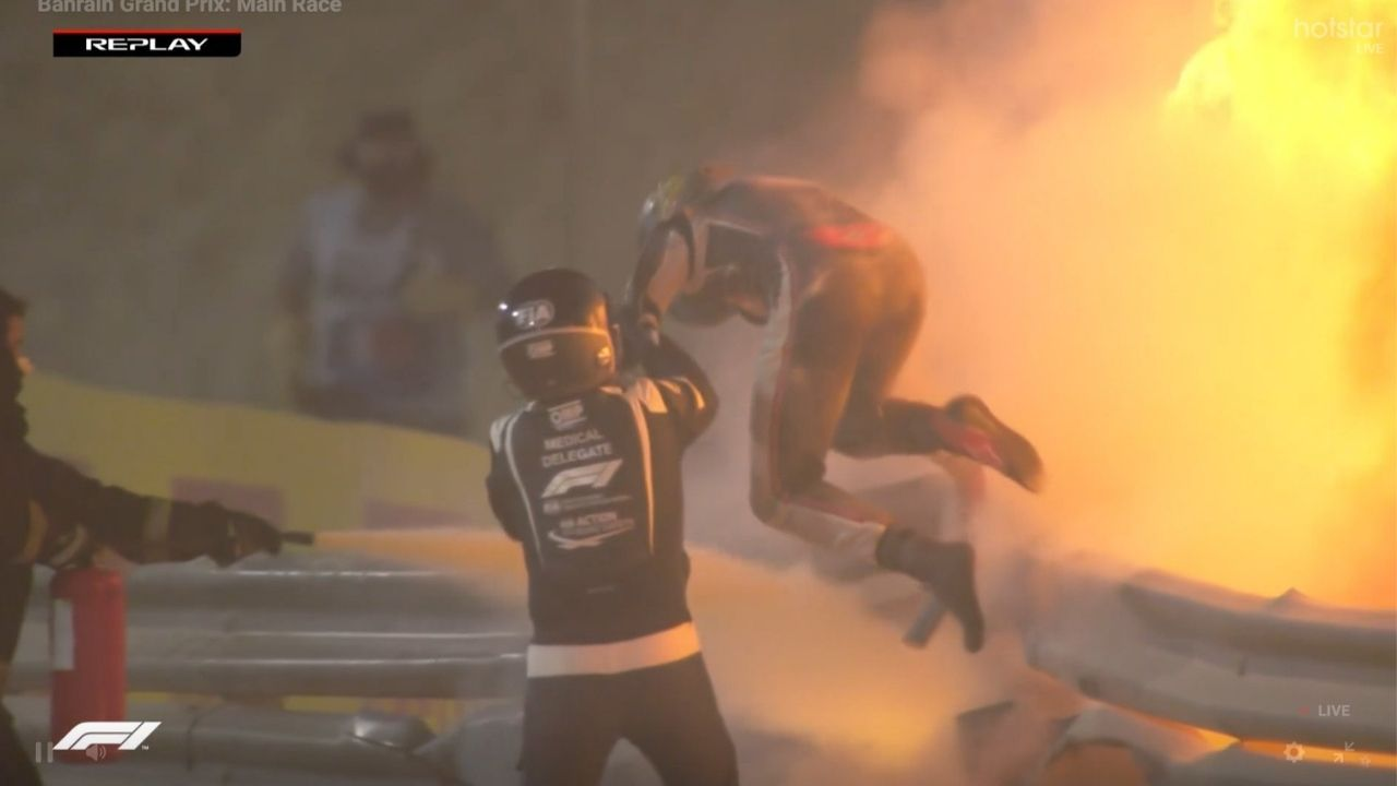 Romain Grosjean Crash : Is Romain Grosjean fine after explosive collision into the barriers